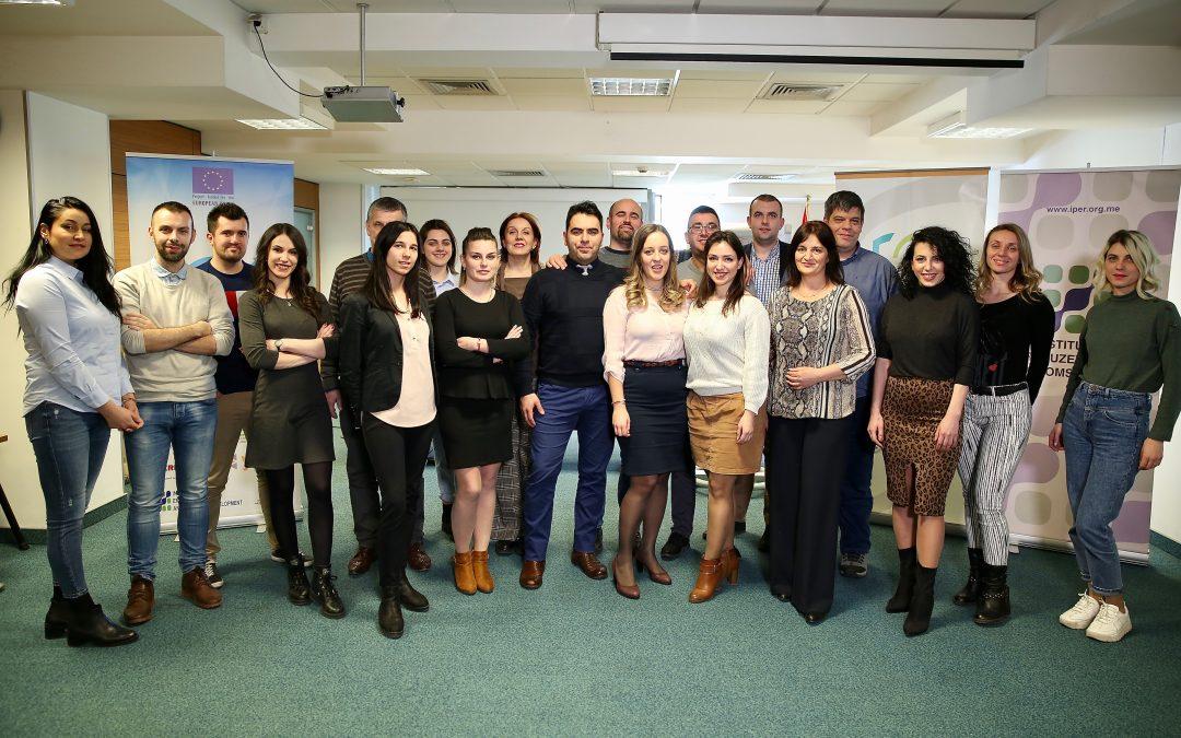 """Za mlade preduzetnike održana treća jednodnevna obuka na temu """"Upravljanje konfliktima i kriznim situacijama"""""""